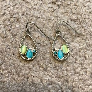 EUC Lia Sophia silver turquoise & green earrings